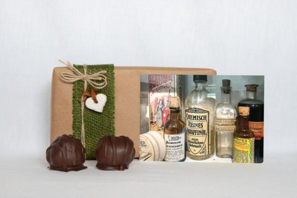 manfla-grusskarte-arzneiflaschen-geschenk